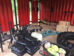 train-container-gyms-02