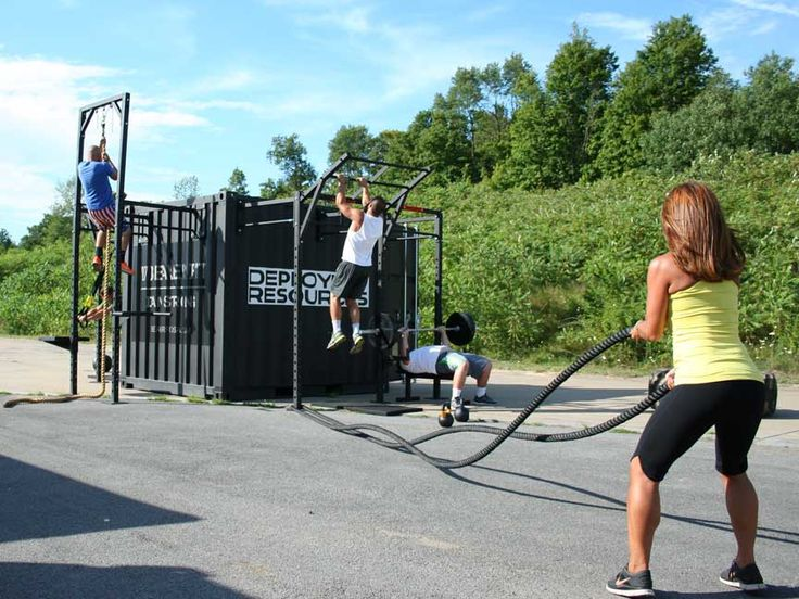 Train Container Gym